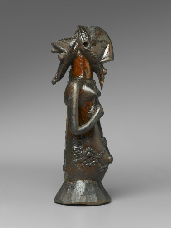 luba2 _ Brooklyn_Museum_22_1454_Kabwelulu_Gourd_Figure_(2)