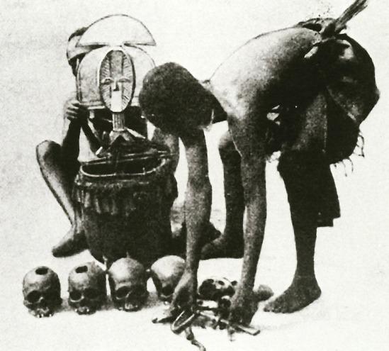 Charles Stephen-Chauvet, L'Art funeraire au Gabon, Immaculee, Castres, France, 1933