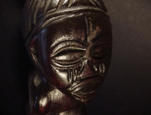 Chokwe figure Primo piano volto