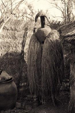 mumuye-sukuru-zinna-middle-benue-nigeria-photography-by-arnold-rubin-1970