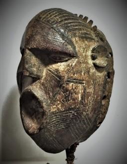 Nuna Mask Burkina cm 29