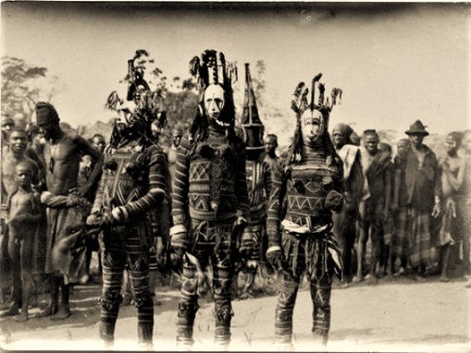 Igbo 'Agbogho Mmuo' (maiden spirit) ritual, Nigeria, early 1900s. Photo by Northcote Thomas.