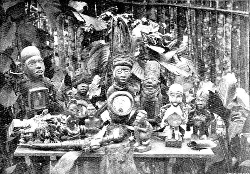 00 Kongo. Feticci e oggetti di potere. 1911
